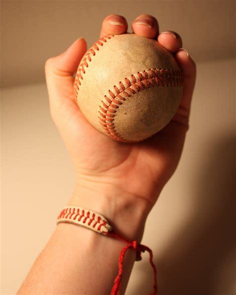 Baseball String - baseball bracelet do it and how