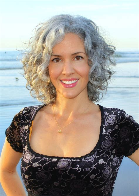 short curly grey hairstyles 2015 sara davis eisenman silver hair https www facebook com