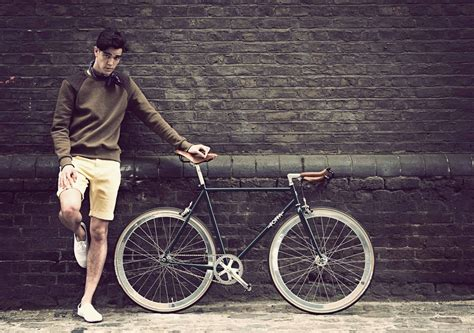Fixi Top on the road with our fixie in ride with a view