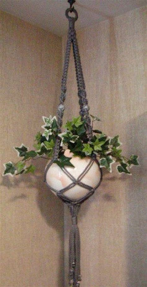 Macrame Plant Holder Tutorial - amazing macrame diy tutorials