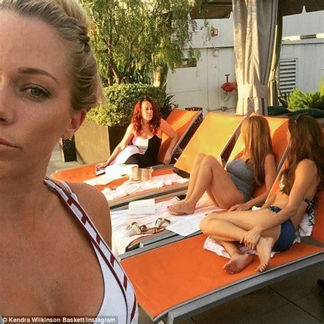 Birkhead Wants Cameras To Show Hes A Top Pop by Kendra Wilkinson Dons Lbd And Neon Heels To At
