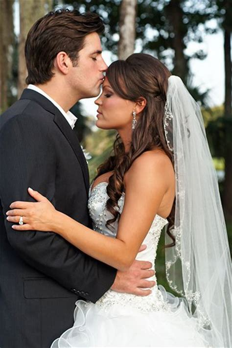 Wedding Hairstyles With Fingertip Veil by Complete Wedding Veils Guide All There Is To About A