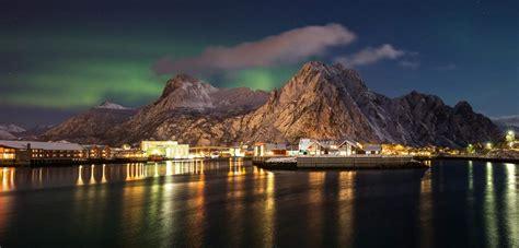 lofoten northern lights tour northern lights in the lofoten islands official travel