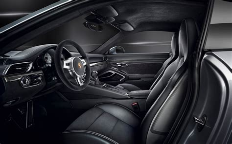 Alcantara Upholstery by You Get Alcantara Leather Seats And A Leather Interior As