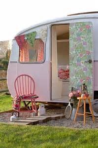 Decorating Ideas Vintage Travel Trailer Junk Chic Cottage Glers