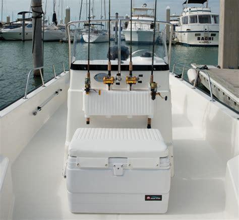 whaler boat seats 190 montauk boat model boston whaler