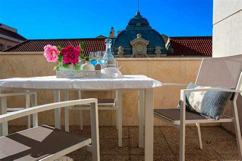 apartamentos malaga vacaciones apartamentos para vacaciones de dise 241 o en m 225 laga