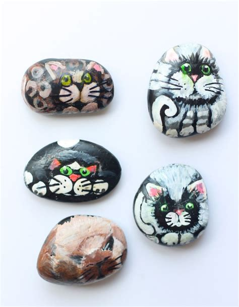 rock crafts for 10 diy rock and pebble crafts you ll shelterness