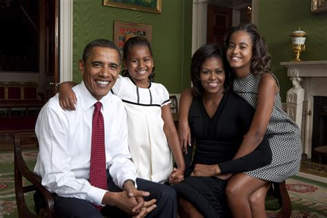 obama family official obama family portrait barack obama photo 8762958 fanpop