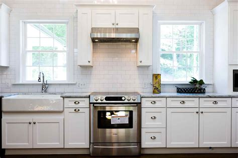 White Kitchen Wall Cabinets by Modern White Shaker Kitchen Deductour