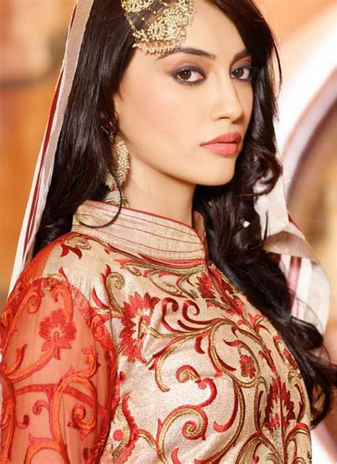 surbhi jyoti in saree surbhi jyoti in bridal dress bollywood brides عرائس