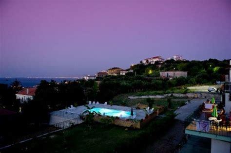 appartamenti mare sicilia appartamento mare sicilia patti messina appartamenti pirrera