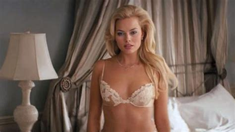 margot robbie s snaps with focus co star will smith