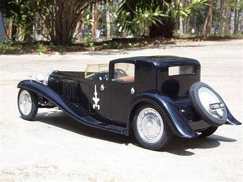 Classic Cars: Old car brands clutch