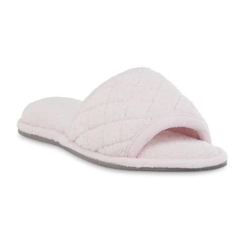 pink dearfoam slippers dearfoams s pink quilted scuff slipper