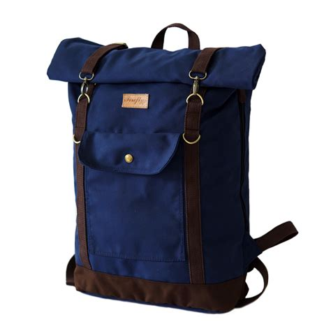 Laptop Bag Canvas Catenzo Unisextas Ransel Kanvas Pria Wanita Mb012 tas travel backpack navy mall indonesia