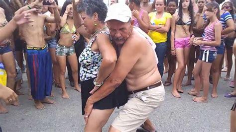 imagenes graciosas de borrachos bailando chistes cortos borrachos youtube