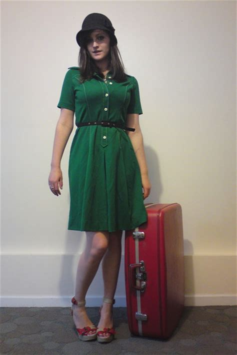 green vintage dresses black vintage belts forever 21