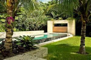 Designing Backyard Landscape Modern Tropical Landscape Design Backyard Design Ideas