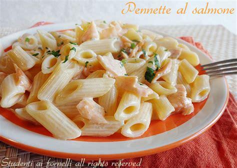 cucina facile primi pennette al salmone ricetta primo con salmone
