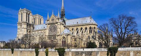 notre dame de interno cattedrali gotiche