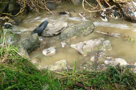 socorro una alcantarilla taponamiento de alcantarilla preocupa a la comunidad noticias de santander colombia y el