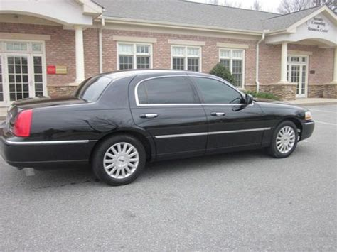 automobile air conditioning repair 2004 lincoln town car engine control purchase used 2004 lincoln town car executive sedan triple black look brand new paint in
