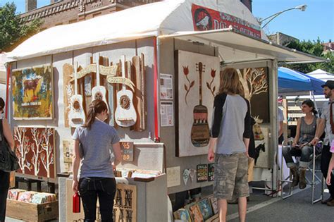 outdoor display ideas using the walls on the outside of your craft fair booth