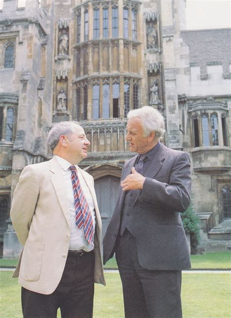 Footstep Oxford Series Pantofel best 25 inspector morse ideas on mystery series endeavour tv series and