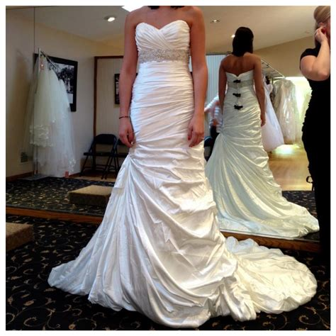 Wedding Dresses Used by Used Wedding Dresses Buy Sell Your Wedding Dress Tradesy