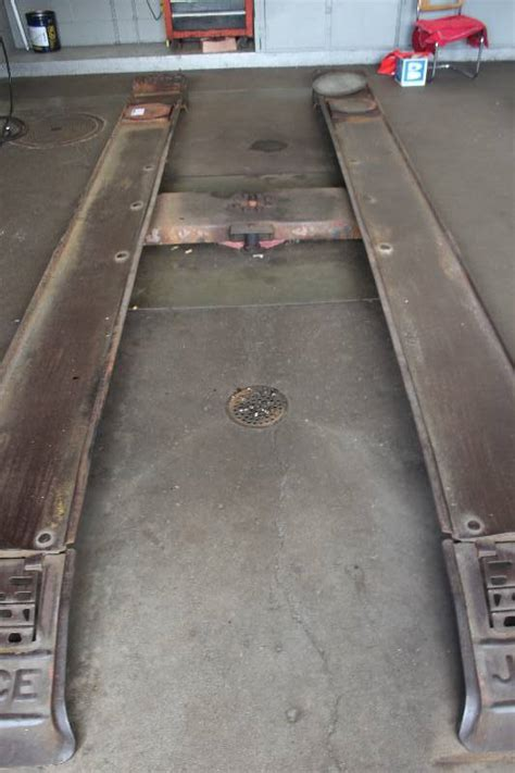 Floor Joyce by Joyce In Floor Hydraulic Automotive Lift Como Imports Auto Repair Shop Liquidation Sale K Bid