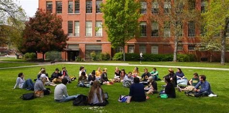 Where Do Mba Stuents Live In Eugene Oregon by Special Cus Visit Events Admissions