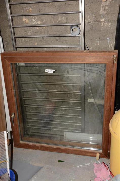 gebraucht markisen 2 gebrauchte holzfenster doppel verglast 118 118 in