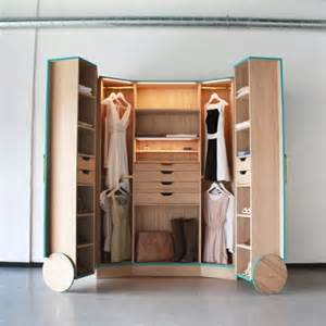 Space Saving Wardrobe A Smart Walk In Closet That Help You To Saving Space