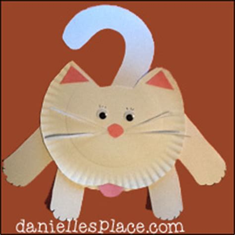 Cat Paper Plate Craft - cat and kitten crafts for