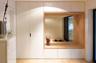 garderobe eingang eingangsbereich mit kombiniertem garderoben sitzm 246 bel