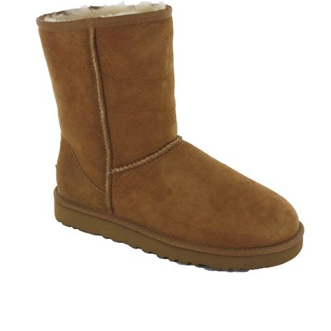 Pugg Boots by Ugg Classic Chestnut Boot