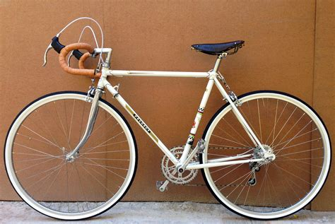peugeot bike white white peugeot bike bicycling and the best bike ideas