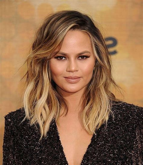 15 best of short hairstyles for round faces with double chin 15 photo of short medium haircuts for round faces