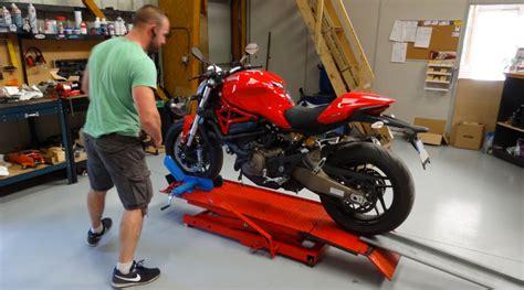 garage moto rennes garage meca moto services l atelier moto 224 rennes