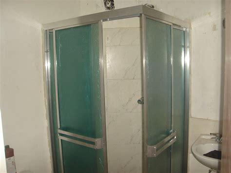 cristal templado en puerta de regadera y puerta de pvc con aglomerado puertas de ducha en acr 237 lico y vidrio templado desds 340