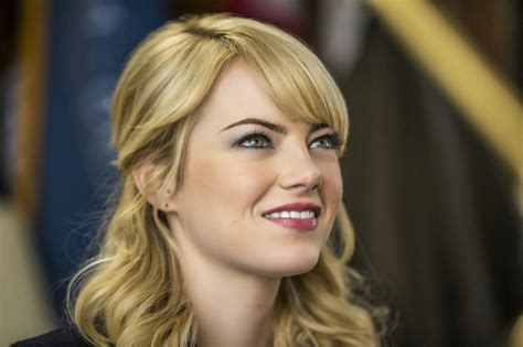emma stone name geekmatic emma stone shines as gwen stacy in asm 2