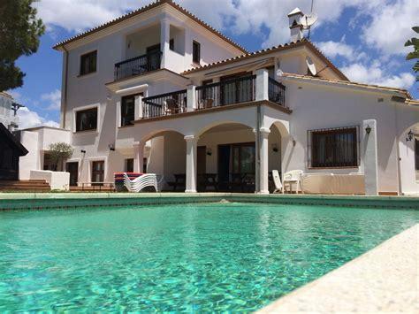 imagenes de casas con jardines grandes casa grande jard 205 n y piscina en la mejor playa de