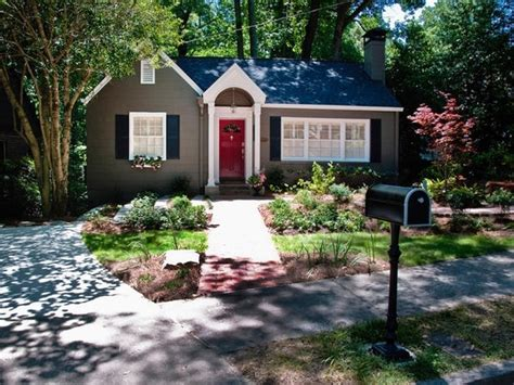 curb appeal on a dime nice houses house and coming home nice curb appeal for the home pinterest