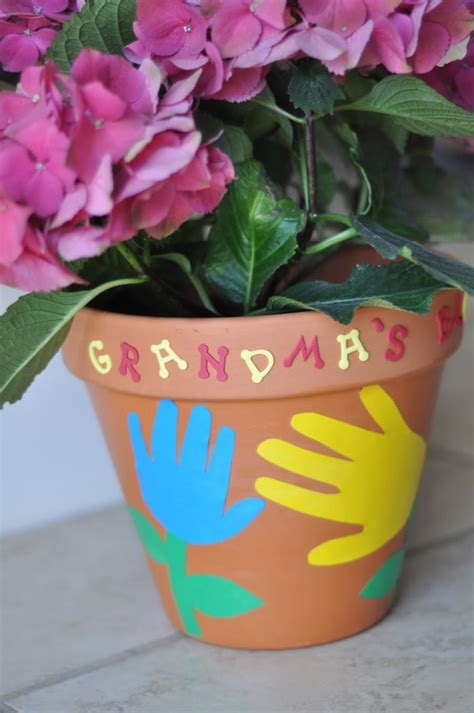 Easy Mother's Day Crafts   Grandma's Flowerpot