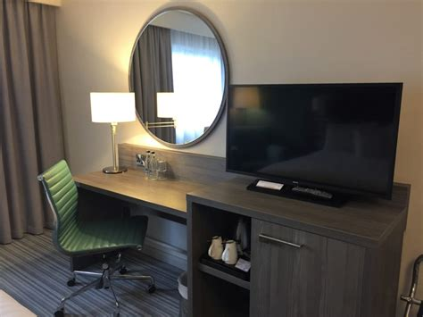 Travel Desk Executive by Review Jurys Inn Hotel Belfast Executive Room Travelupdate