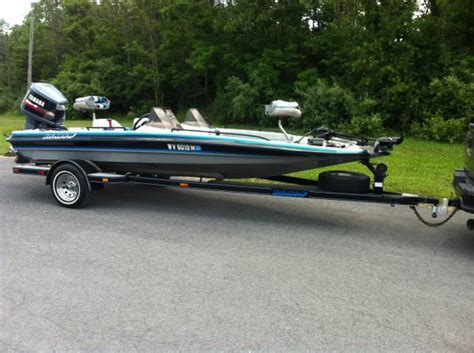 bass boats for sale in wv used shadow bass crappie walleye fishing boat 5900