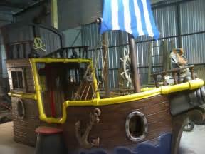 bett pirat jake and the neverland custom bed