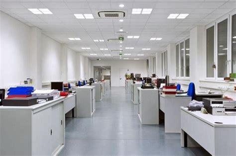 illuminazione ambienti di lavoro illuminazione nei luoghi di lavoro