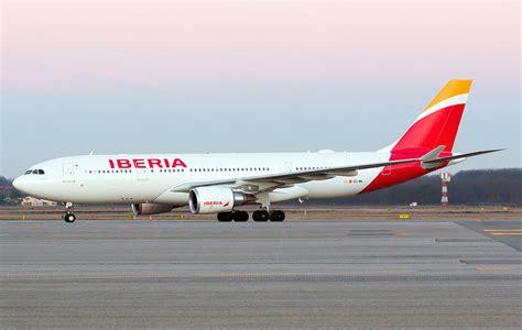 Iberia Ausbus A330 Passenger Airplane Alloy Plane Aircraft Metal Dieca airbus a330 200 iberia photos and description of the plane